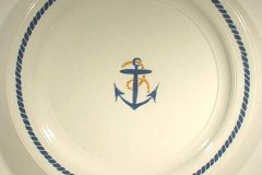 bird_pottery_anchor_14_inch_chop_plate