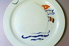 bird_pottery_nautical_motif_luncheon_plate