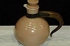 bird_pottery_pomegranite_coffee_carafe