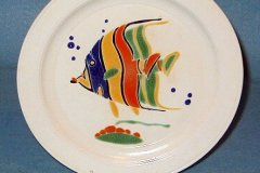 bird_pottery_tropical_fish_luncheon_plate