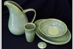 california_heritage_green_drip_two_quart_streamline_pitcher_tumbler_platter_and_bowls