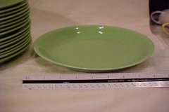 casual_california_dinner_plate_lime_green