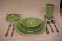 casual_california_place_setting_lime_green_1