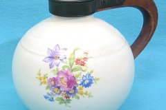 flower_decal_coffee_carafe_in_round_shape