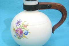 flower_decal_coffee_carafe_in_round_shape_2
