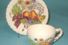 fruitdale_cup_and_saucer_set