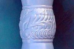 hamilton_monkey_vase_in_blue_1
