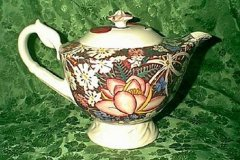 hawaii_tea_pot_with_monterey_lid_ANOTHER_one_lid_must_be_appropriate