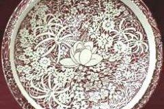 hawaiian_flowers_luncheon_plate_in_maroon