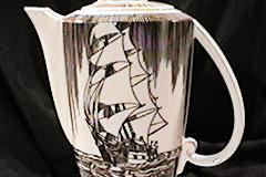 moby_dick_brown_coffee_pot