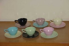 monterey_of_california_cups_and_saucers_in_6-colors