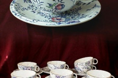 santa_rosa_cups_and_saucers_and_detail