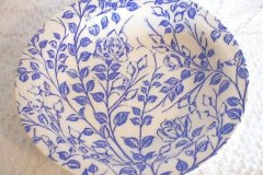 trailing_rose_fruit_bowl_in_blue_1