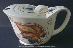 vintage_coffee_pot_left_side_view